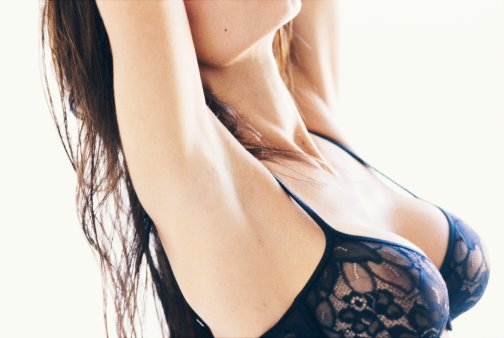 整形美容医院专家来介绍一下 分阶段打响乳房保卫战效果好